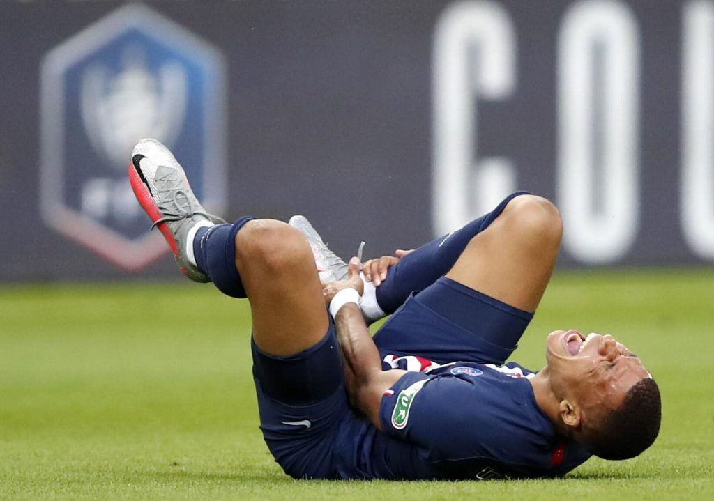 Mbappe is not sure if he can play against Lyon this week